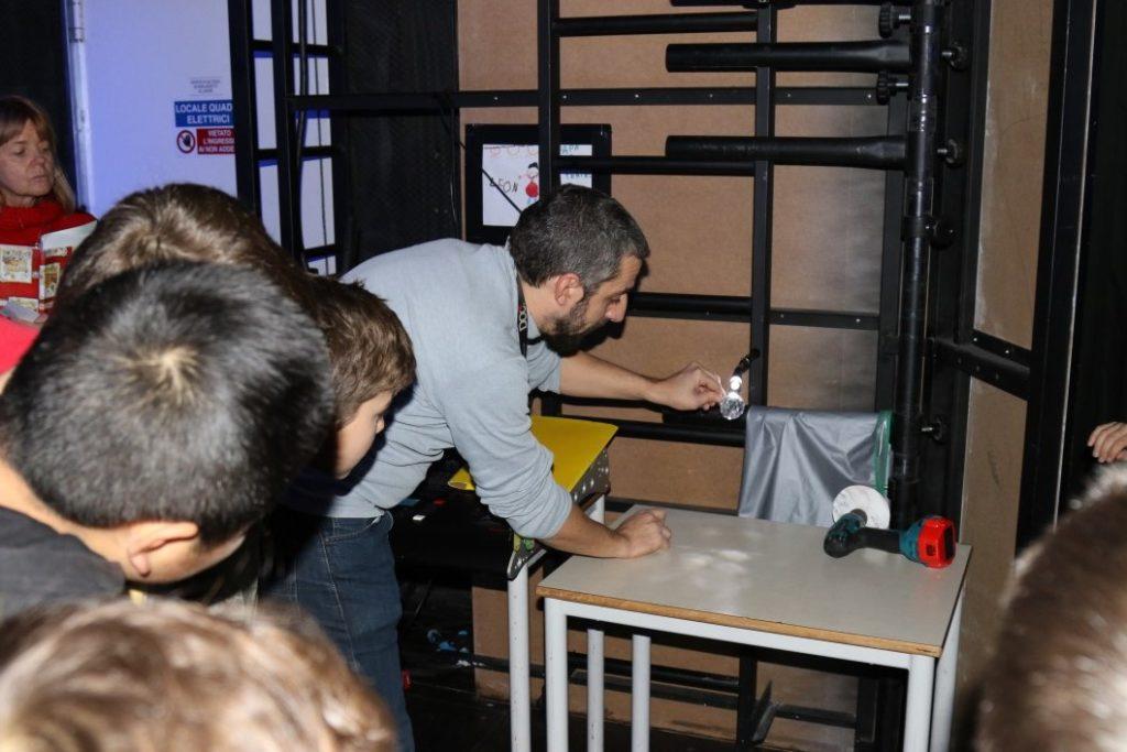 BAMBINI A TEATRO foto Giuseppe Facchini (36)